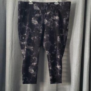 Moving sale!! Torrid crop leggings